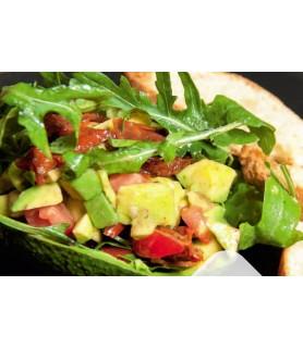 Салат из фаршированного авокадо
