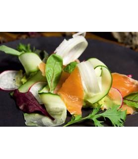 Салат из семги с гуакамоле